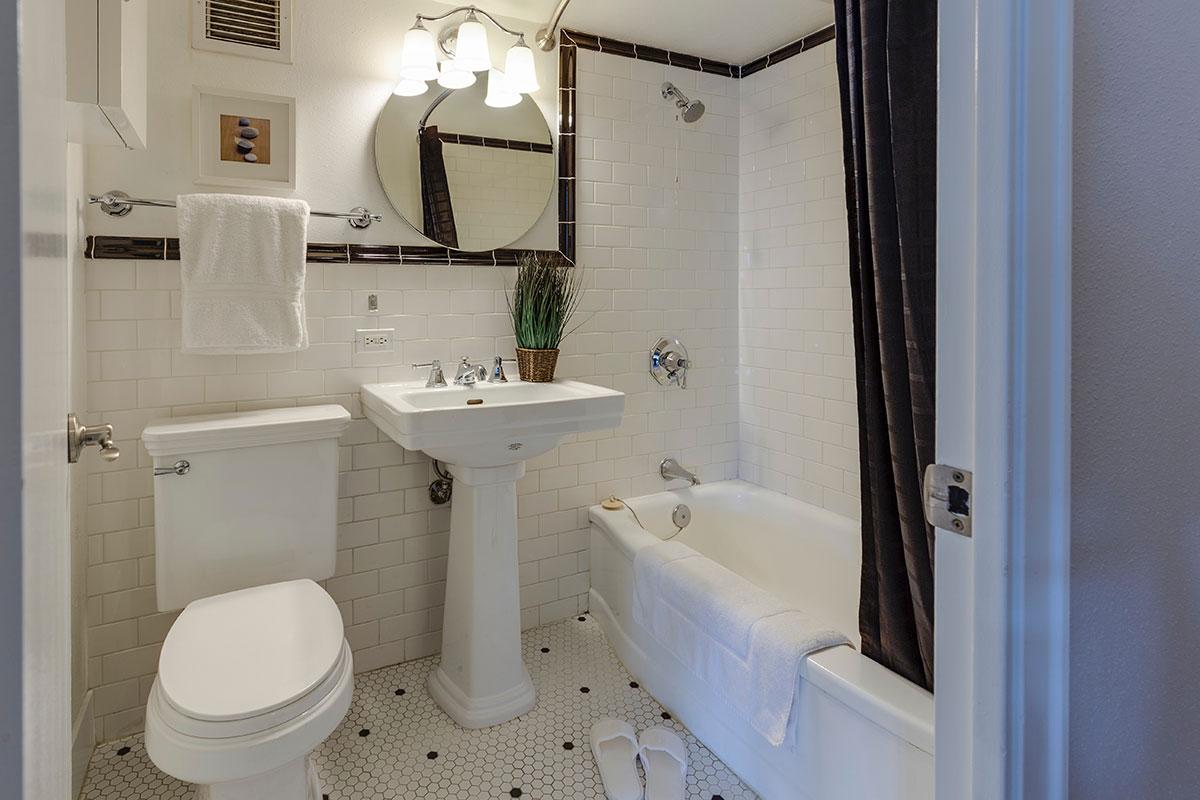 لیست کامل نظافت هتل و اقامتگاه برای کنترل شیوع ویروس کرونا (بخش ۱)